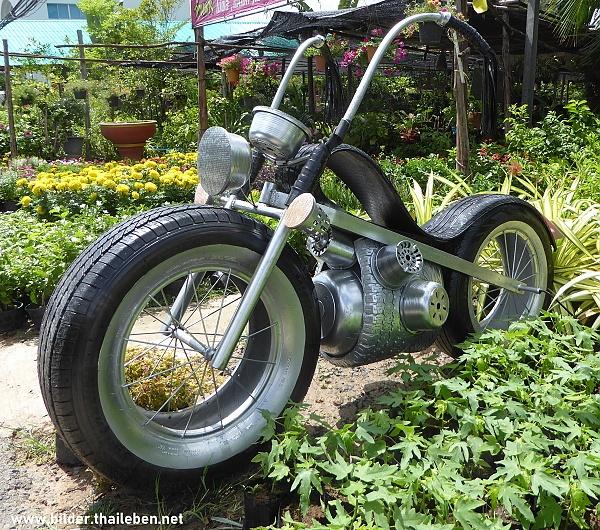 motorrad aus alten autoreifen