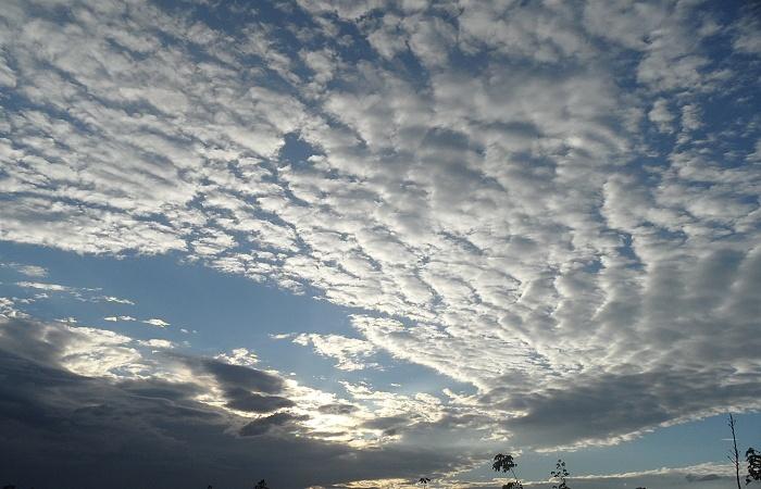 merkwürdige wolkengebilde